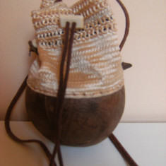 Raritate ! Poseta de artizanat, lucrata manual, handmade, cu baza nuca de cocos. - Geanta handmade