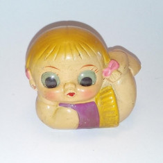 Ascutitoare din ceramica reprezentand o fetita, anii '70