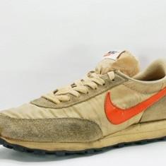 Adidasi Retro Nike Daybreak