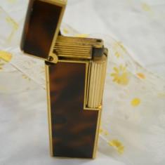 Splendida si Veche Bricheta Colibri model Elegant Finut si de Efect - Bricheta Zippo, Tip: Vintage (Inainte de 1970)