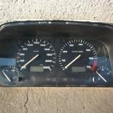Ceasuri bord Volkswagen Golf 3 in stare foarte buna. Am indicatoare bord pentru toate motorizarile Volkswagen Golf 3. - Ceas Auto