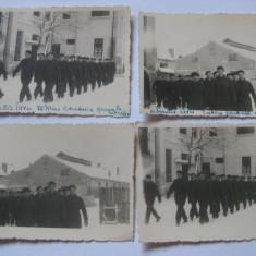 4 FOTOGRAFII GREVISTI(MILITARI ?) 1942 - Fotografie veche