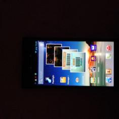 Vand Huawei Ascend P2 - Telefon Huawei, Negru, 16GB, Neblocat, Quad core, 2 GB