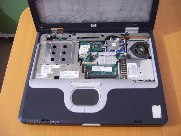 Dezmembrez laptop COMPAQ nc6000 piese componente pp2090