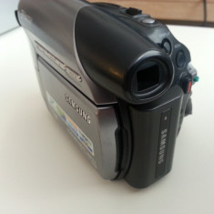Samsung VP-D375W + husa + trepied + husa trepied - Camera Video Samsung, Mini DV, CCD, 30-40x
