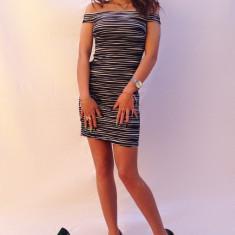 Rochie dama Atmosphere - Rochie de club, Marime: 36, Scurta, Fara maneca
