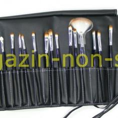 Trusa Set profesional 24 Pensule Machiaj Fard Pudra Rimel Sprancene Pensula - Pensula machiaj