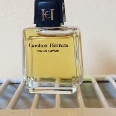 Mini Parfum Carolina Herrera by Carolina Herrera (4ml) - Parfum femeie Carolina Herrera, Apa de parfum, Mai putin de 10 ml