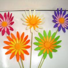 Set 5 Decor FLORI din fetru pe bat, diametru floare 13 cm