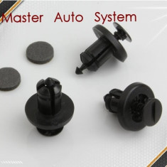 Clipsuri fixare bara fata/spate, ornamente motor Renault Megane 2('02-'08) - Clipsuri si Agrafe Auto, MEGANE II limuzina (LM0/1_) - [2003 - 2009]