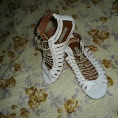 Sandale Zara piele - Sandale dama Zara, Culoare: Alb, Marime: 37