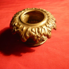 Rozeta -piesa sup. sfesnic, bronz, D.ext.= 5 cm, d.int.= 2, 2 cm - Metal/Fonta