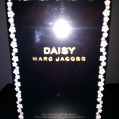 Parfum Daisy by Marc Jacobs EDT 100ml - Parfum femeie Marc Jacobs, Apa de toaleta