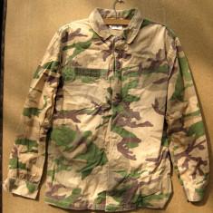 Uniforma militara desert Italia folosita in razboiul din Golf veston pantaloni sapca si palarie soldat militar