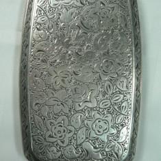 VECHI PORTTIGARET DIN ARGINT - PENTRU DAME - MARCAJE VECHI - GRAVURA MANUALA - DIMENSIUNI 8,5 X 5 CM - GREUTATE 65 GRAME