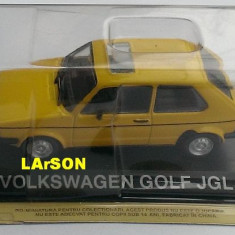 Macheta Volkswagen VW GOLF 1 + revista DeAgostini Masini de Legenda 51 1/43