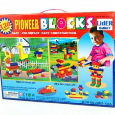 Cuburi din plastic 136 piese Pioneer - Puzzle, Alte materiale, Unisex