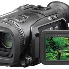 JVC GZ-HD7 - Camera video 1920x1080, 3 CCD, HDD 60 gb, + 5 baterii + lentila, Hard Disk, 10-20x