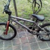 Vand Bmx / Bmx+dif pe iphone4 - Bicicleta BMX