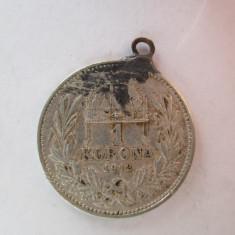 #93 1 Korona Ungaria 1912, moneda de argint, agatatoare, veche. Pandativ vechi provenit dintr-o salba, ( Corona Coroana )