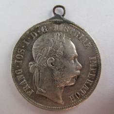 #101 1 Florin Austria 1878, moneda argint, mare, veche, cu agatatoare. Pandativ vechi provenit dintr-o salba