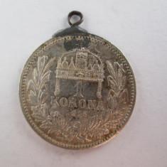 #96 1 Korona Ungaria 1915, moneda de argint, agatatoare, veche. Pandativ vechi provenit dintr-o salba, (Corona Coroana )