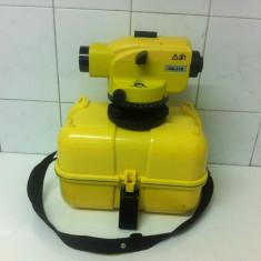 Nivela Optica Marca GEOMAX ZAL128 este k noua din 2012 - Nivela laser rotativa