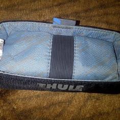 Suport Thule pentru telefon sau diverse accesorii - Suport auto