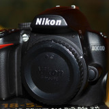 Vand Nikon D3000+obiectiv 18-55 vr+ Filtru circular Kenko 52mm