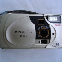 Aparat foto digital compact Olympus C-120 - Aparat Foto compact Olympus, Sub 5 Mpx, Sub 2.4 inch