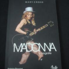 MARY CROSS - MADONNA O BIOGRAFIE