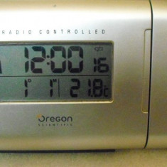 OREGON RM622P - Ceas cu proiectie