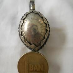Deosebit si Vechi Medalion lucrat manual