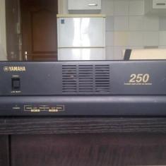 Amplificator Yamaha XS 250 Putere Disco - Amplificator audio Yamaha, peste 200W
