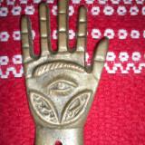 Manuta bronz