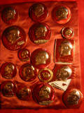 Colectie veche 17 Insigne mari China - cu Mao Tse Tung