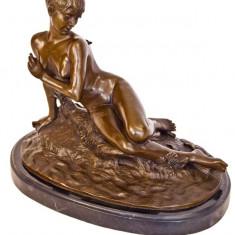 NUD - sculptura reproducere