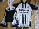 echipament ciclism giant shimano set pantaloni cu bretele tricou jersey NOU