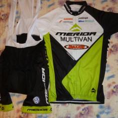 Echipament ciclism complet merida set pantaloni cu bretele tricou jersey bib