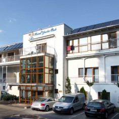 Hotel Yacht Club***Superior Siófok, Ungaria - 2 nopți pentru 2 persoane în timpul săptămânii cu demipensiune - Sejur - Turism Extern