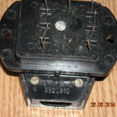 MUFA CONECTOR MAMA-TATA CU 10 pini 6A, 500V