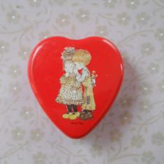 Splendida si Veche Cutie Vintage Model Deosebit pentru depozitat maruntisuri ( medicamente, cercei, inele, ...) in stare ireprosabila - Cutie Bijuterii