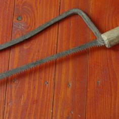 Scule - unelte ---- Firiz - fierastrau vechi model deosebit !!!! - Metal/Fonta