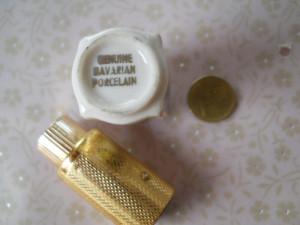 De efect si Veche Sticla Parfum de poseta Portelan Bavaria pictat manual Vintage