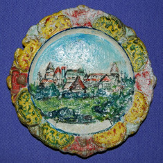 Farfurie decorativa din metal neferos, pictata, Austria, vechi, vintage, decor