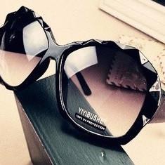Ochelari de Soare LANT AURIU - culoare neagra - Ochelari de soare Dior, Femei, Negru, Dreptunghiulari, Plastic, Protectie UV 100%
