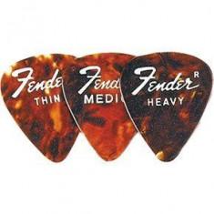 Pana chitara Fender 351 Classic Celluloid