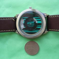 Ceas SHSHD 3687 Electronic - design deosebit - cadran verde & negru