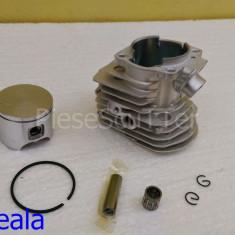 Kit cilindru / Set motor + Piston + Segmenti compatibil Drujba Husqvarna ( Husvarna ) 55