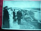 Fotografie de presa -Carol II in vizita la Cetatea Alba - Rarisima ! Dim. = 24x18 cm